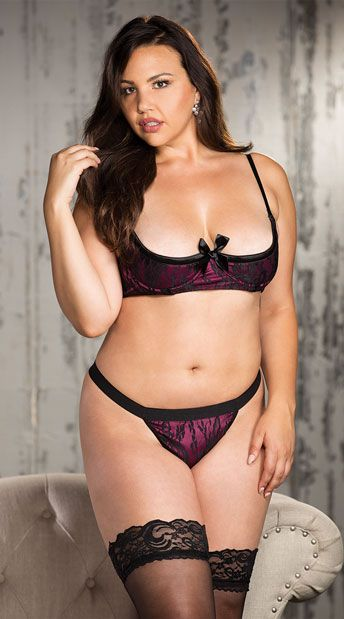 c218d865606 Seduce your sweetie in this romantic plus size bra and panty set featuring  an open cup
