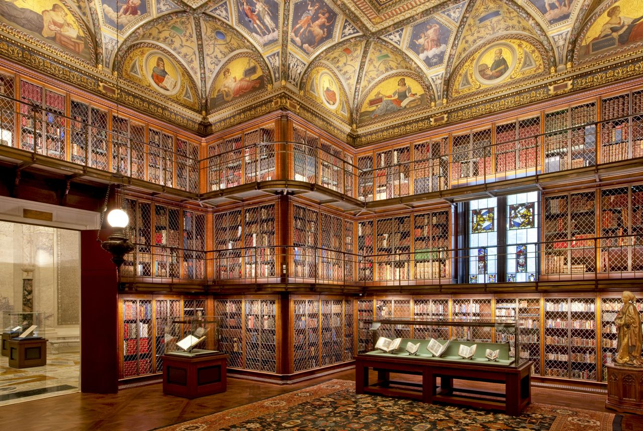The Pierpont Morgan Library in NYC is one of the grandest libraries in the United States. It was designed by Charles McKim and built in 1906 to house the private library of financier J. P. Morgan and cost U$S1.2 million (at that time!) to build. Morgan, who was a noted collector, included in his library manuscripts and printed books, some of them in rare bindings, and his collection of prints and drawings. The building was declared a National Historic Landmark in 1966.