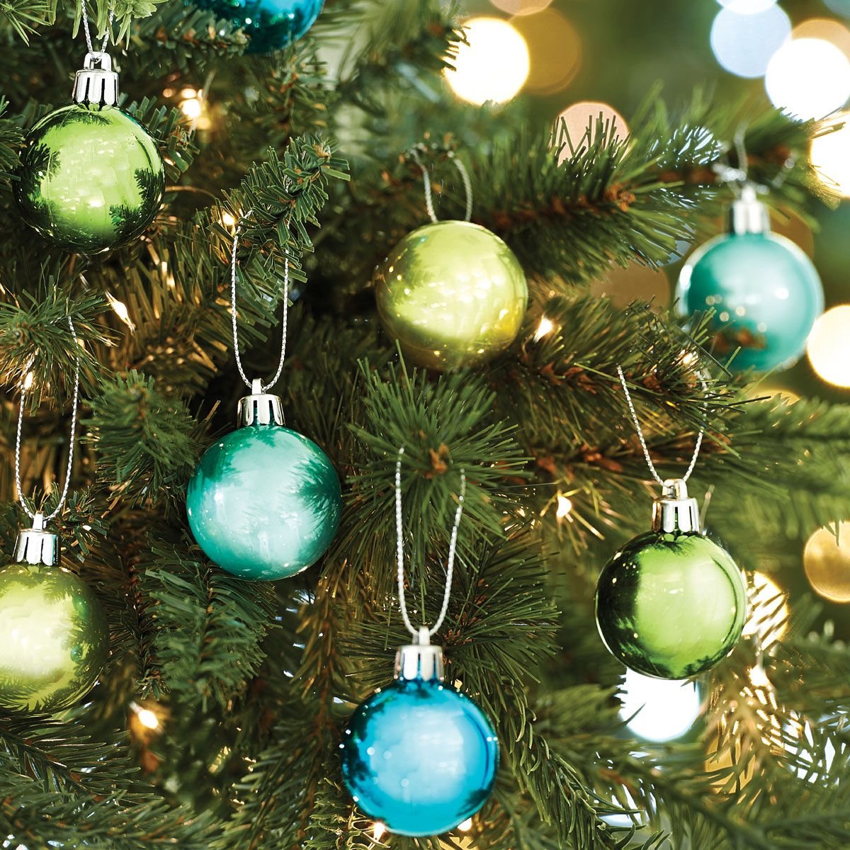AROUND THE WORLD BOXED BAUBLES 40MM X 24 - AQUA/ LIME GREEN
