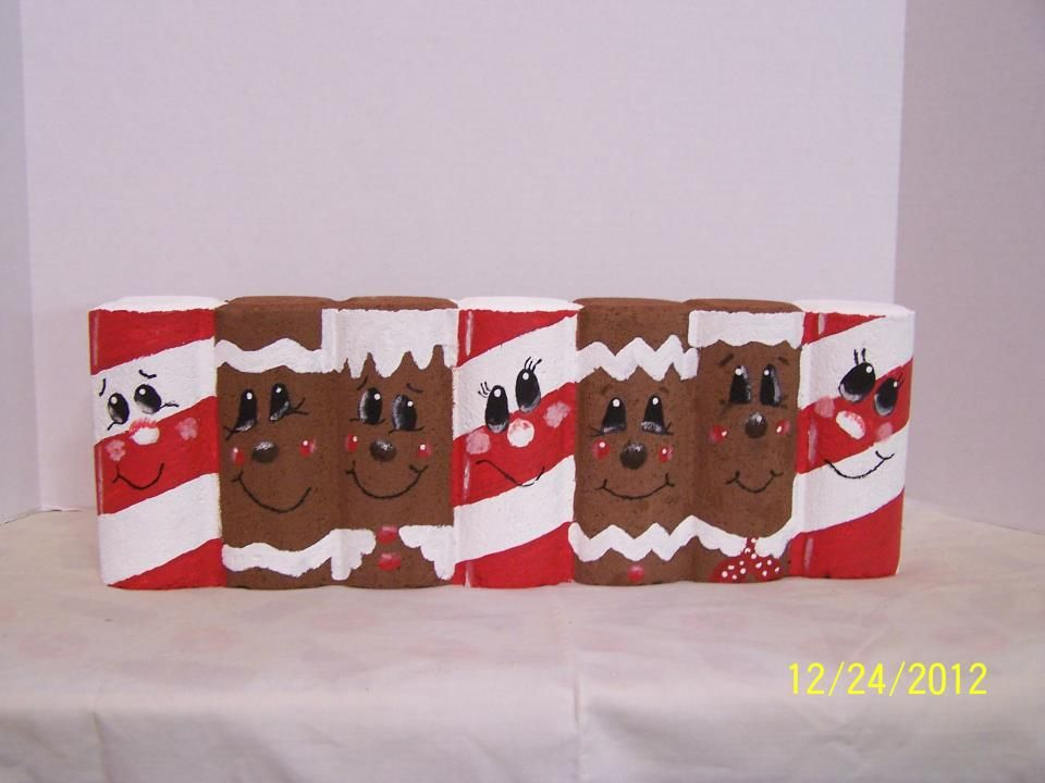 Painted Scalloped Edging Brick Paver With Candy Canes And Gingerbreadmen Brick Crafts Brick Art Painted Pavers