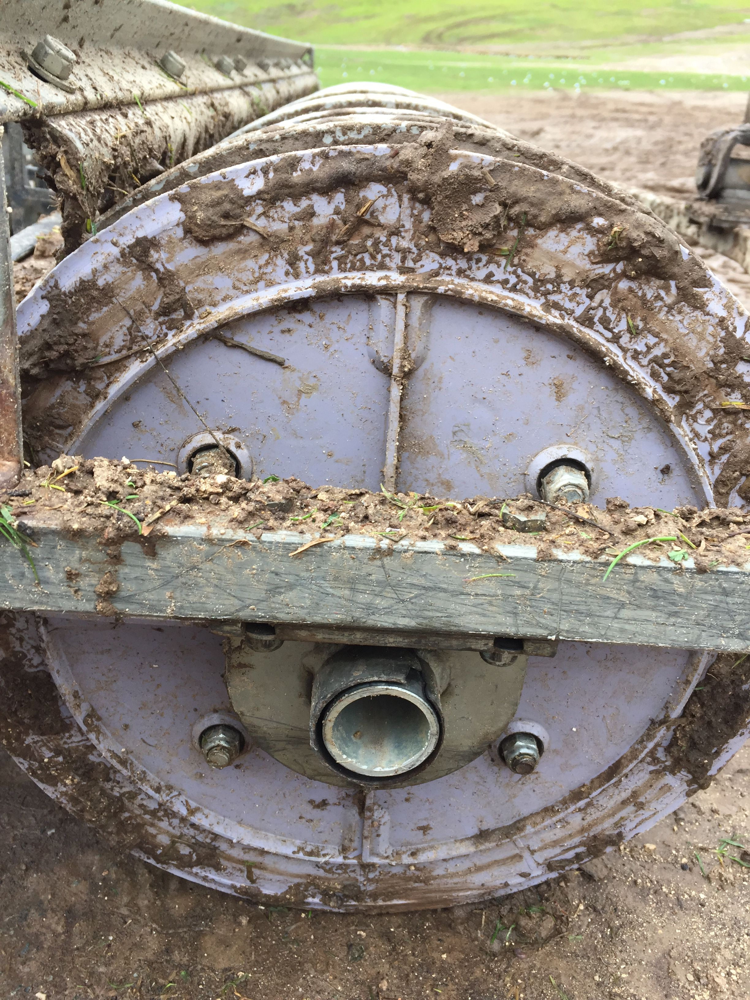 Muddy Range We Have You Covered Where Other Pickers Can T Perform Thrasher Driving Range Pickers