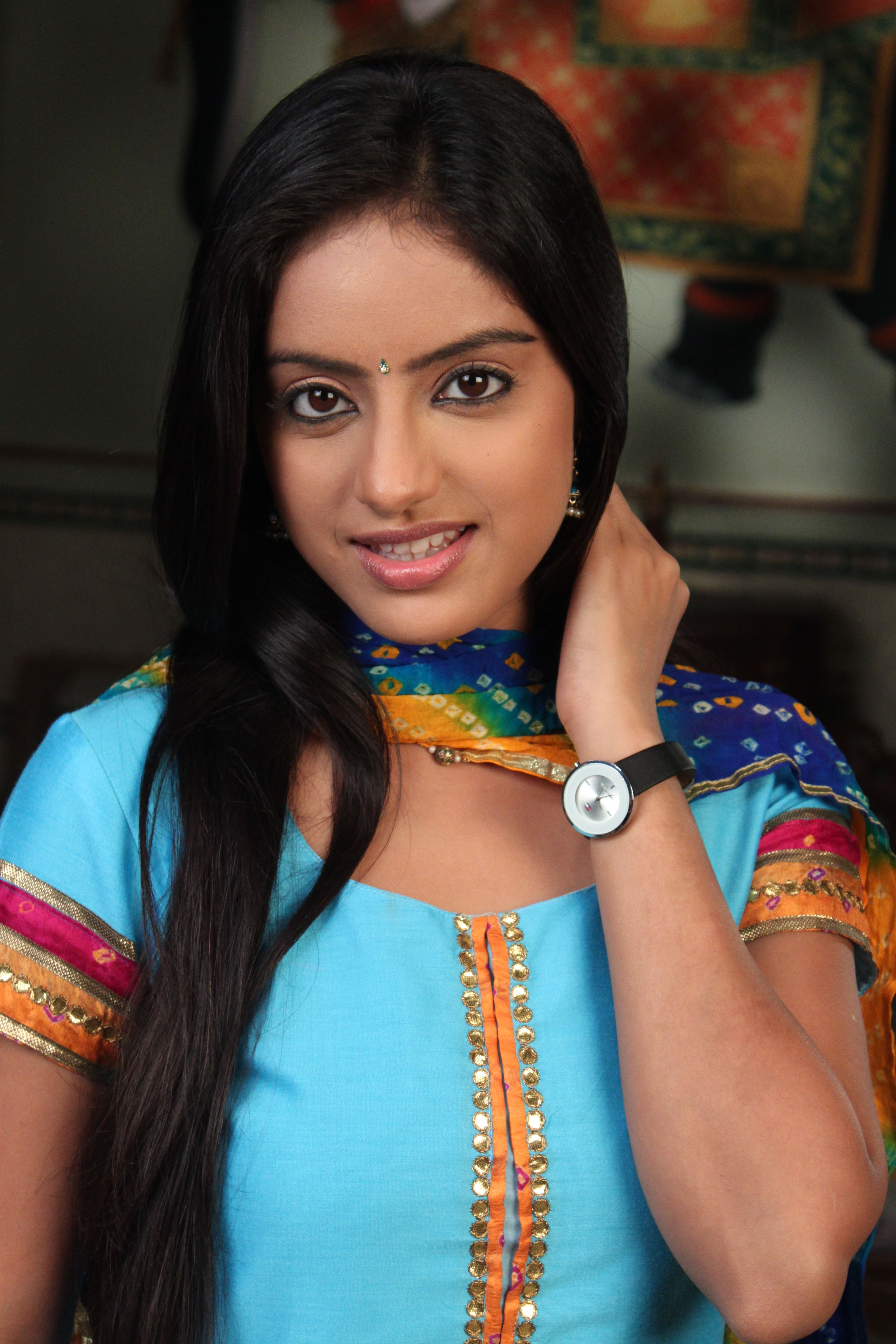 diya aur baati hum-star cast working stills   actress hot