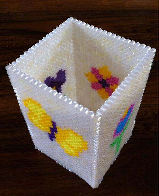 boite crayon hama pyssla beads pinterest hama crayon et boite. Black Bedroom Furniture Sets. Home Design Ideas