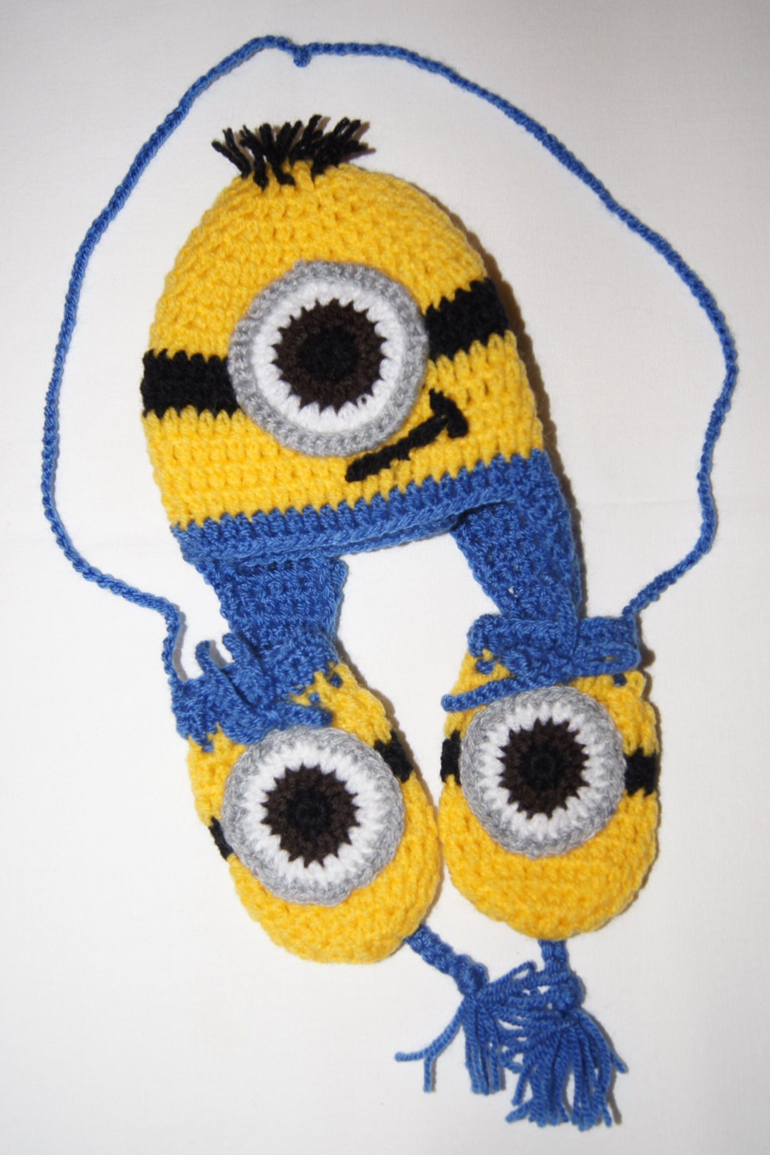 Baby minion inspired hat and mittens meophams little minions baby minion inspired hat and mittens bankloansurffo Choice Image