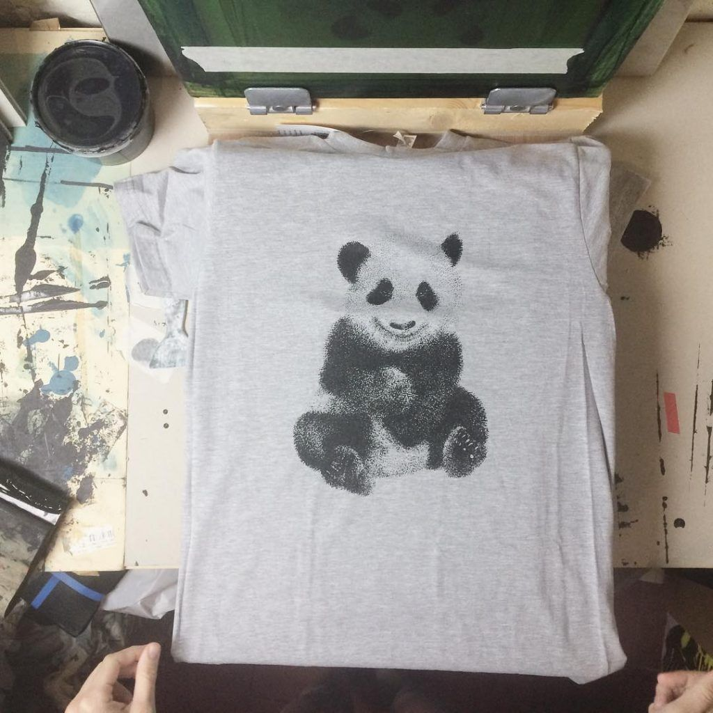 WE ARE ANIMALS, dotwork & screenprinting handmade by Clo