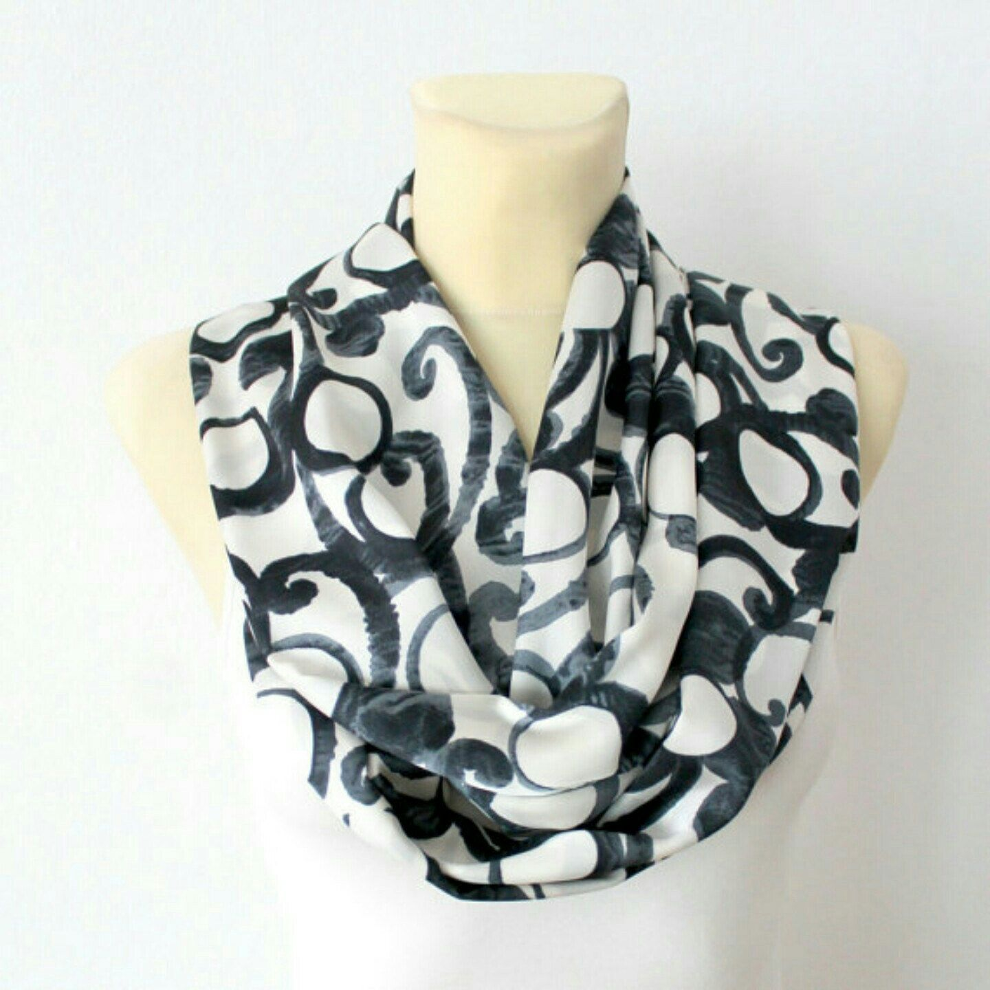 Summer Sale 20%OFF on all our handmade scarves! Find unique designes and get them before they are all sold out. Use coupon code SUMMER20 at the checkout. You can chose from all sections of the shop (silk scarves, satin scarves, knit scarves and more)