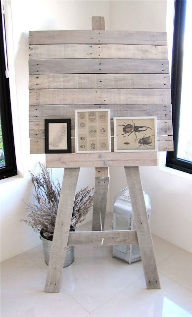 Awesome Easel!