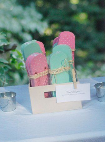 8ccc9626f4975 backyard wedding gifts flip flops for wedding guests dancing feet