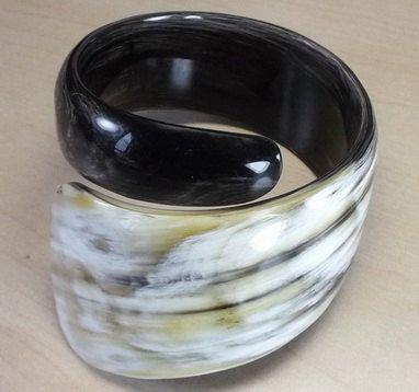 Buffalo horn bracelet   Horn bracelet  Horn jewelry  by AnhCraft