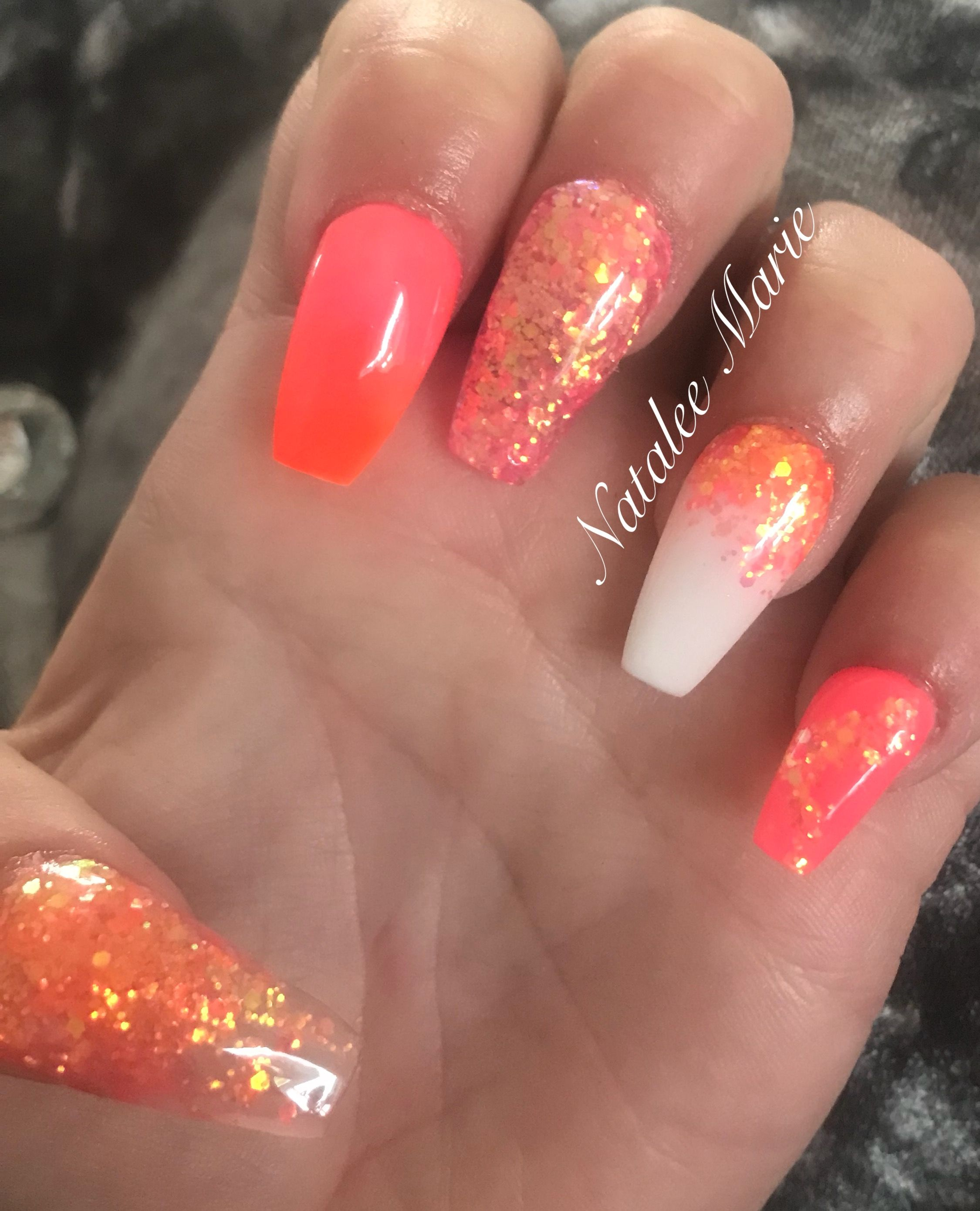 Pink Orange And White Nails Coral Nails Glitter Nails Coffin Nails Summer Nails Coral Nails Coral Nails Glitter Coffin Nails Glitter