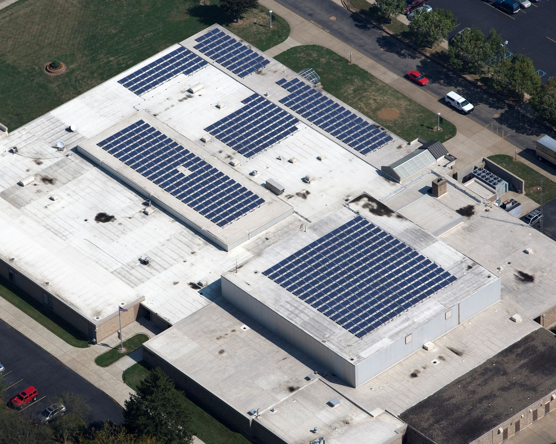 High school roof in ohio roof solar panel solar