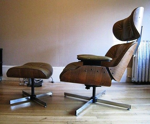 The Iconic Eames Lounge Chair Is That One Real Or Fake Lounge Chair Eames Lounge Chair Chair