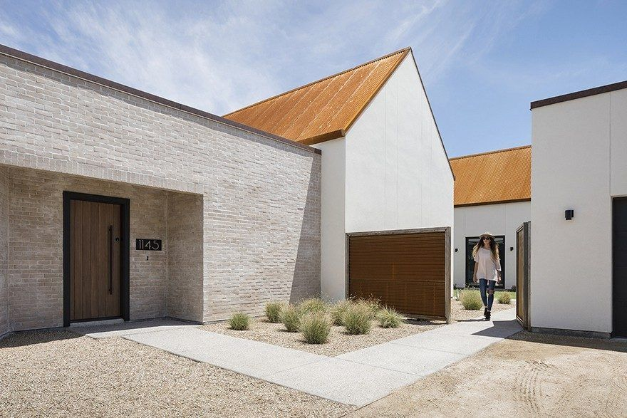 New Build Home Inspired By The Forms Of The Missions In Southern Arizona Canal House Architecture Mission Style Homes