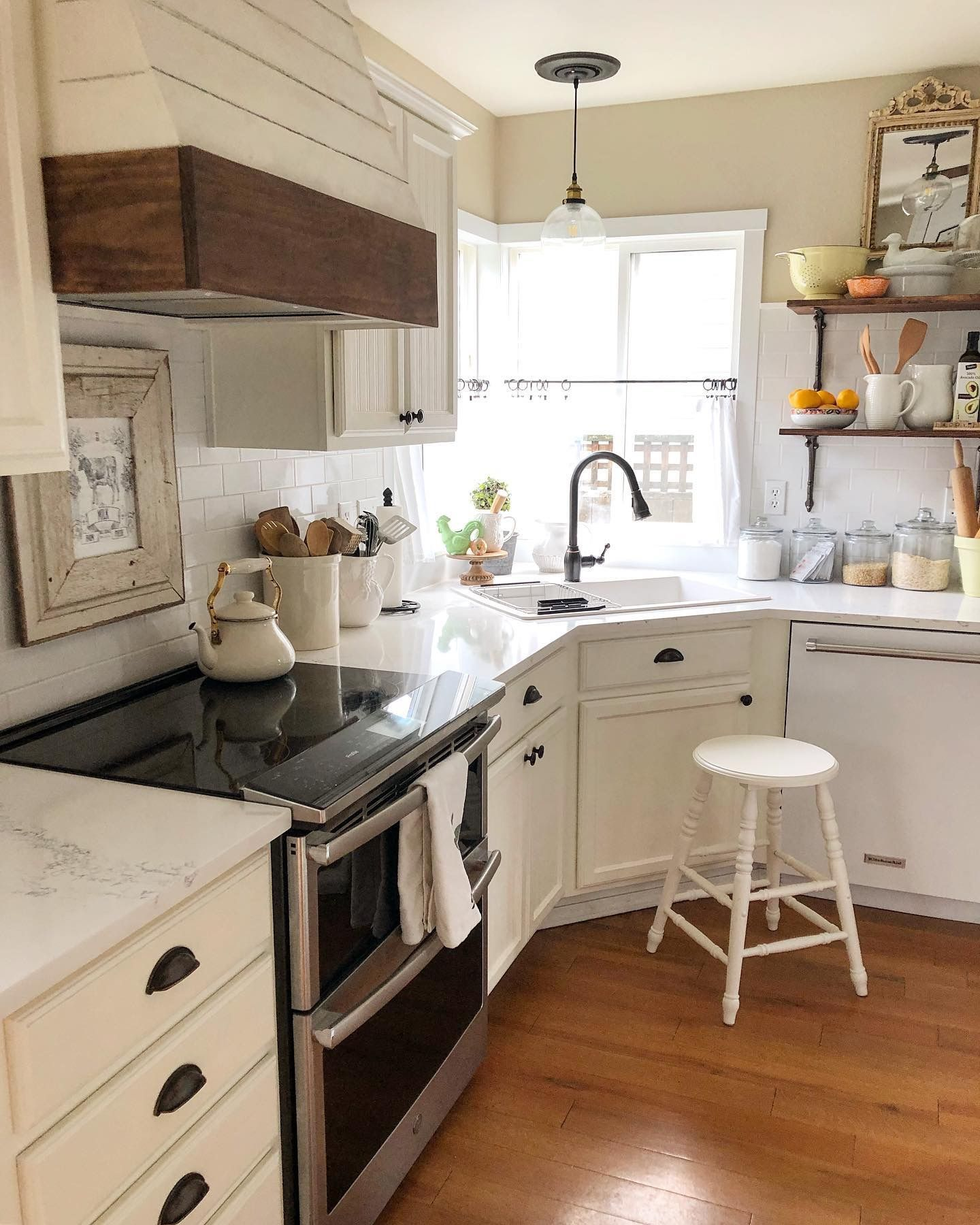Pin by Michele Sorbo Grant on Kitchens & More Kitchens ...