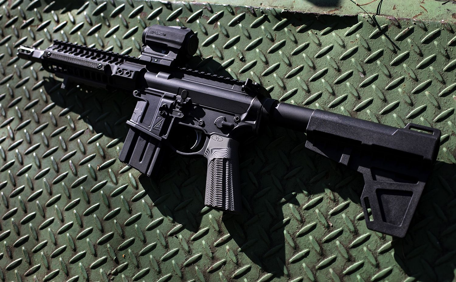VZ Weapon Solutions AR-15, Alien texture in black gray on a