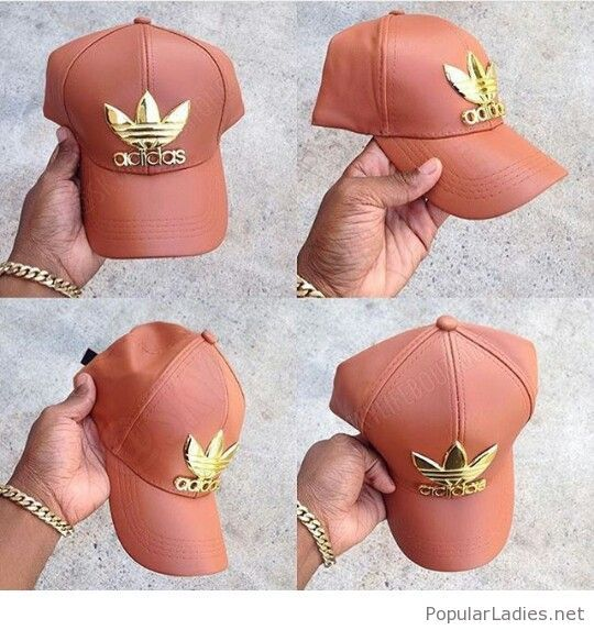 54406d0538329 Nude leather cap with gold sign