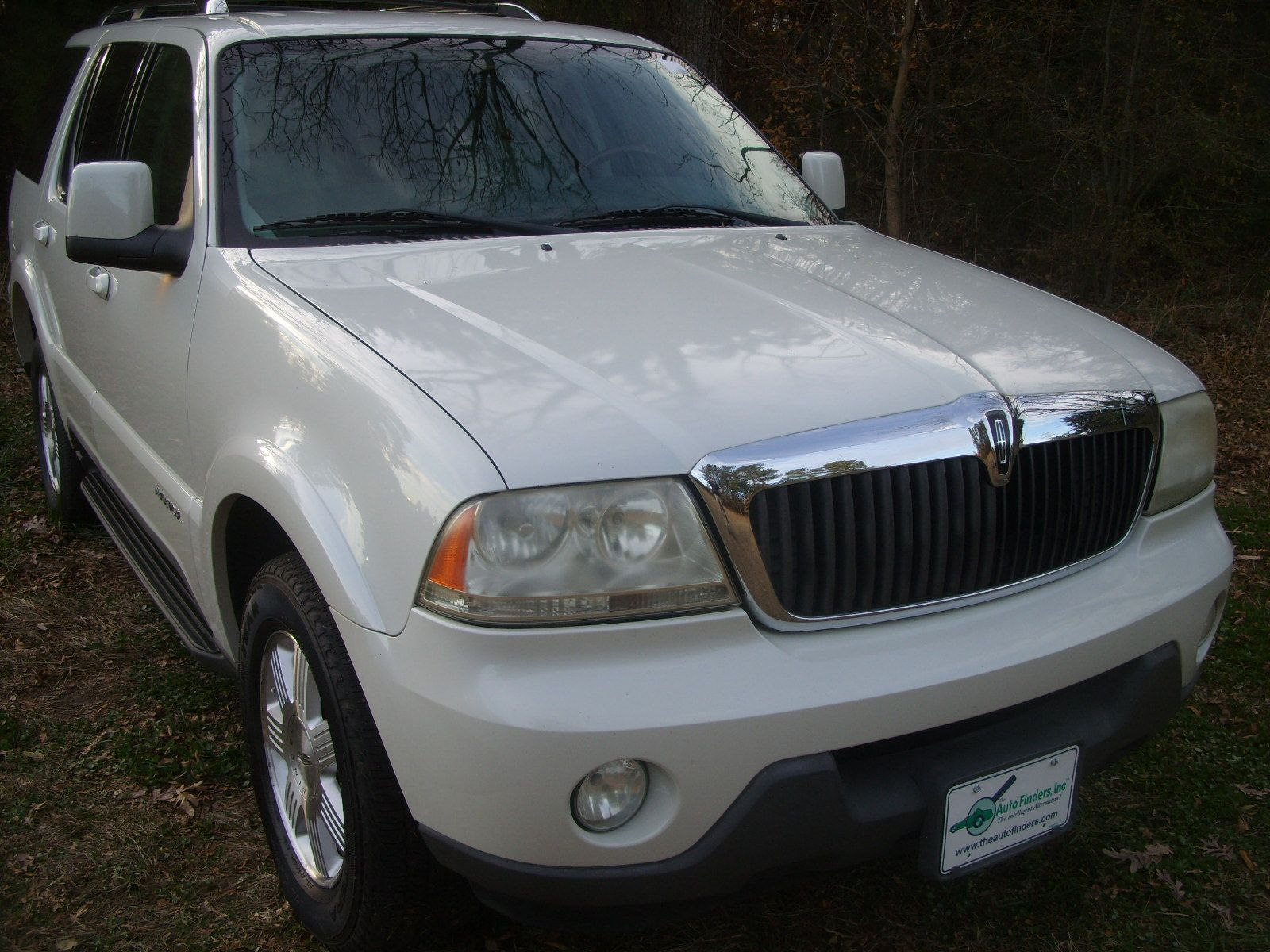 used 2004 lincoln aviator ultimate for sale durham nc cars for sale cars for sale. Black Bedroom Furniture Sets. Home Design Ideas