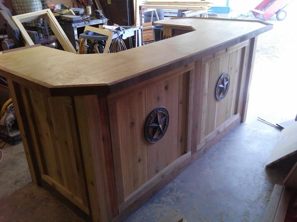 Outdoor bar kitchen made with rough cedar backyard for Cedar outdoor kitchen cabinets