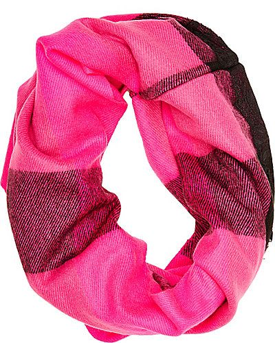 BUFFALO CHECK LACE INFINITY: Get classic, cold weather style in this scarf from Betsey
