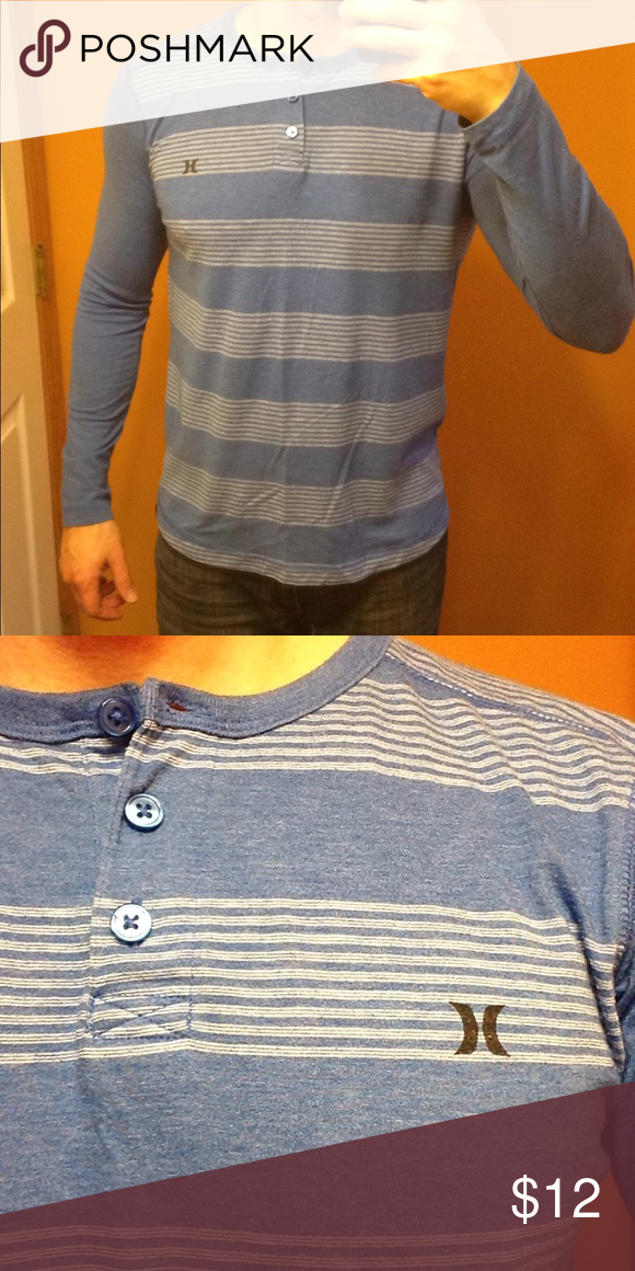 344224da4d8 Hurley men's blue shirt M This Hurley shirt is 44% cotton and 58% polyester.  This is how it fits on me, and I am 6'0
