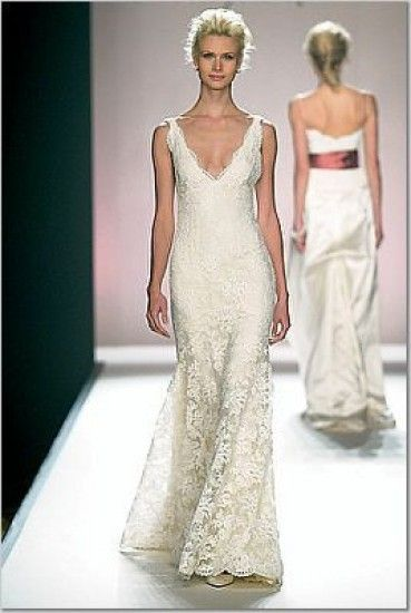 Monique Lhuillier Lace Deep V Neck Wedding Gown Originally 4600 Pre Owned