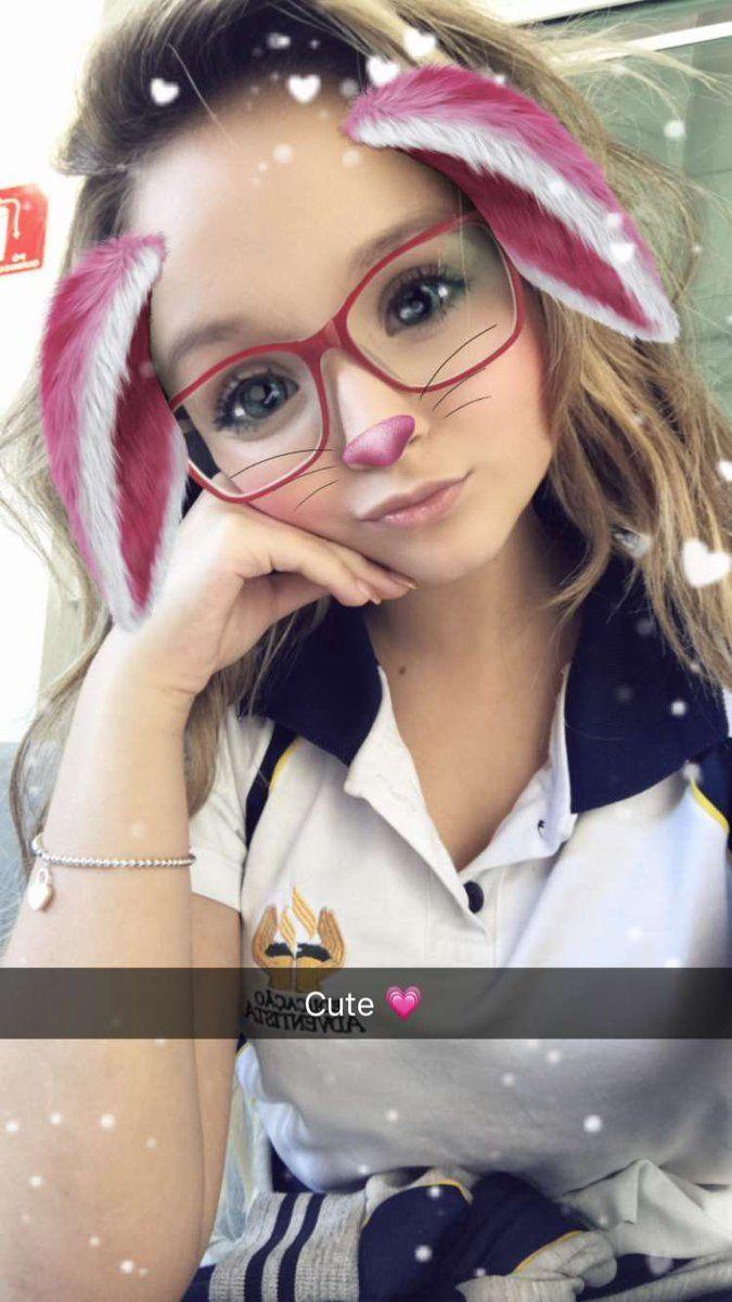 Larissa Manoela acabou de publicar no Snapchat ( larimanoella)   KCAPersonalidadeBR  LarissaManoela 11d5a88ec6