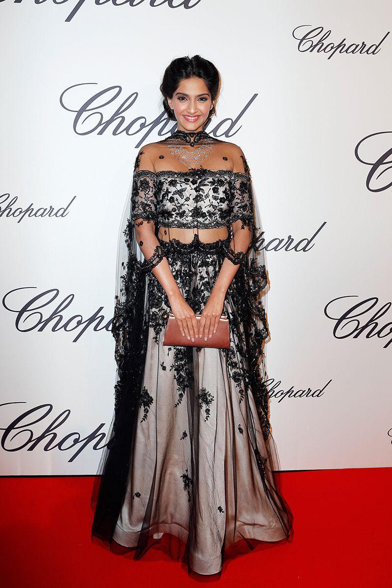Sonam Kapoor | Indian fashion, Fashion, Pretty dresses