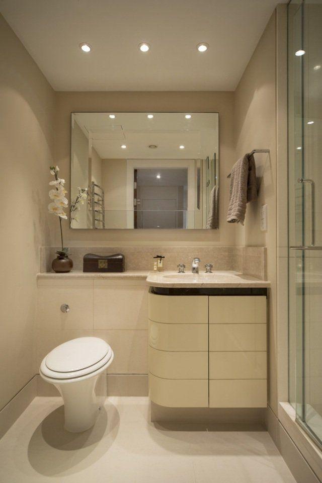 petite salle de bains avec un sous lavabo et toilettes - Petite Salle De Bain Avec Wc