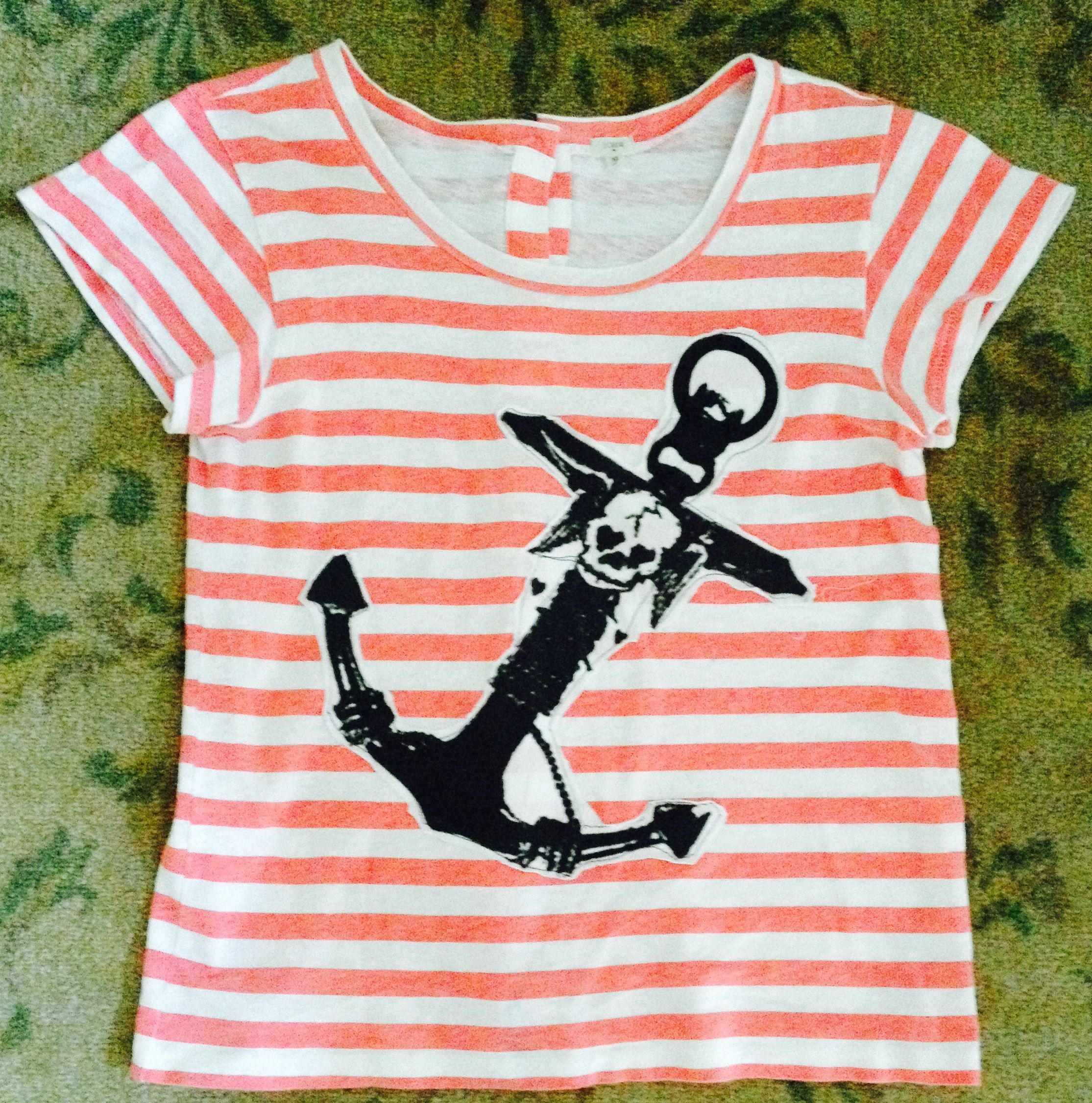 D.I.Y.  T-shirt. Anchor deconstructed from another t-shirt