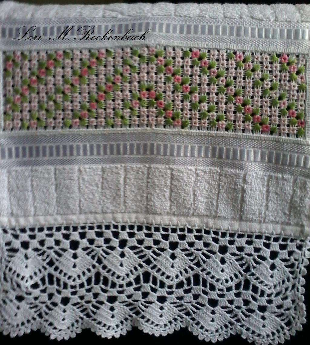 Toalha de lavabo  olhós estrêla e crochet