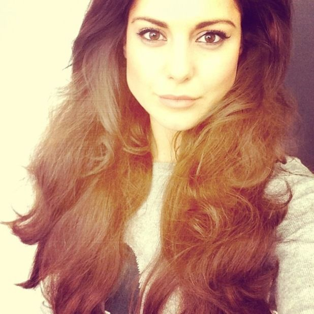 Longrapunzelhair Made In Chelseas Louise Thompson Flaunts Long