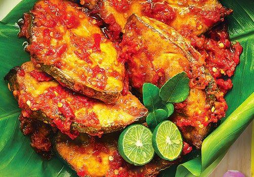 Resep Cara Membuat Ikan Tongkol Balado Spesial Enak Aneka Masakananeka Masakan Resep Masakan Indonesia Resep Ikan Masakan Indonesia