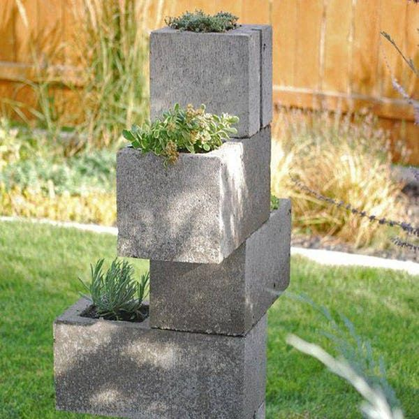 9 DIY Cinder Block Gardens That Will Make You Want to Grab Your Gardening Tools #betonblockgarten