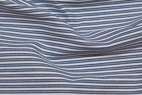 Marine-hvid madrasstribet bomuld