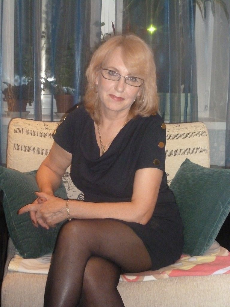 pantyhose gilf posing | more teachers | pinterest | beautiful legs