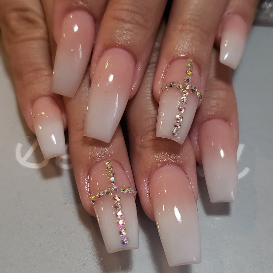 Pink White Ombre Will Never Get Old Nails Ombrenails Pink White Sculptednails Nailswag Nai Ombre Acrylic Nails Sculpted Nails Ombre Nail Designs