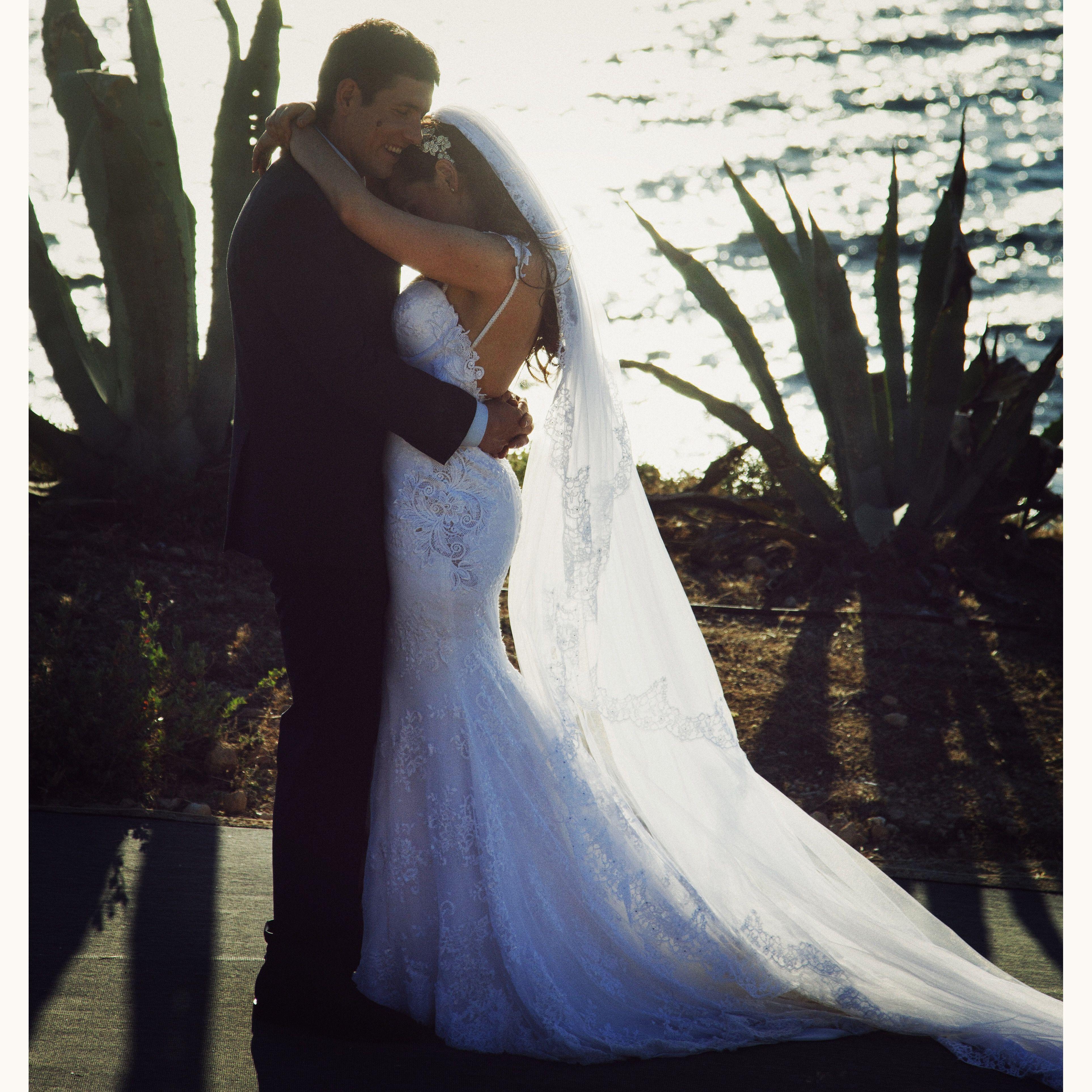Beautiful #BERTA bride Kelly ♥