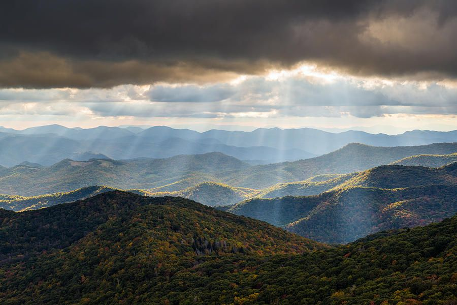 North Carolina Blue Ridge Parkway Autumn Nc Landscape By Dave Allen In 2020 Blue Ridge Parkway Fall Smoky Mountains Vacation Blue Ridge