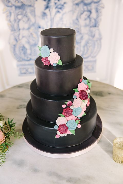 Orange County Wedding Shoot At Rancho Las Lomas Cake Four Tier Black With