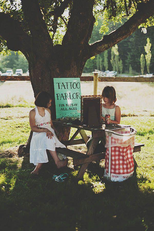Homespun DIY Farm Wedding: Nicole & Greg
