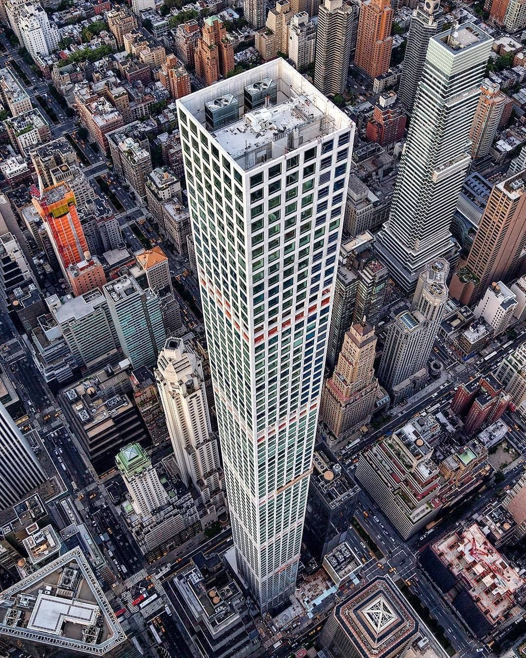 432 Park Avenue 🏢🔥 Phot | Skyscraper new york, New york travel, 432 park avenue