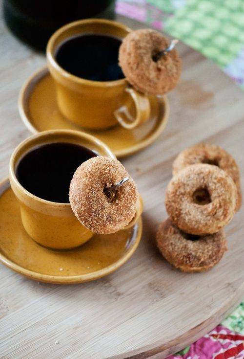 Coffee and Mini Donuts | CAFE-LATE | Pinterest | Mini ...