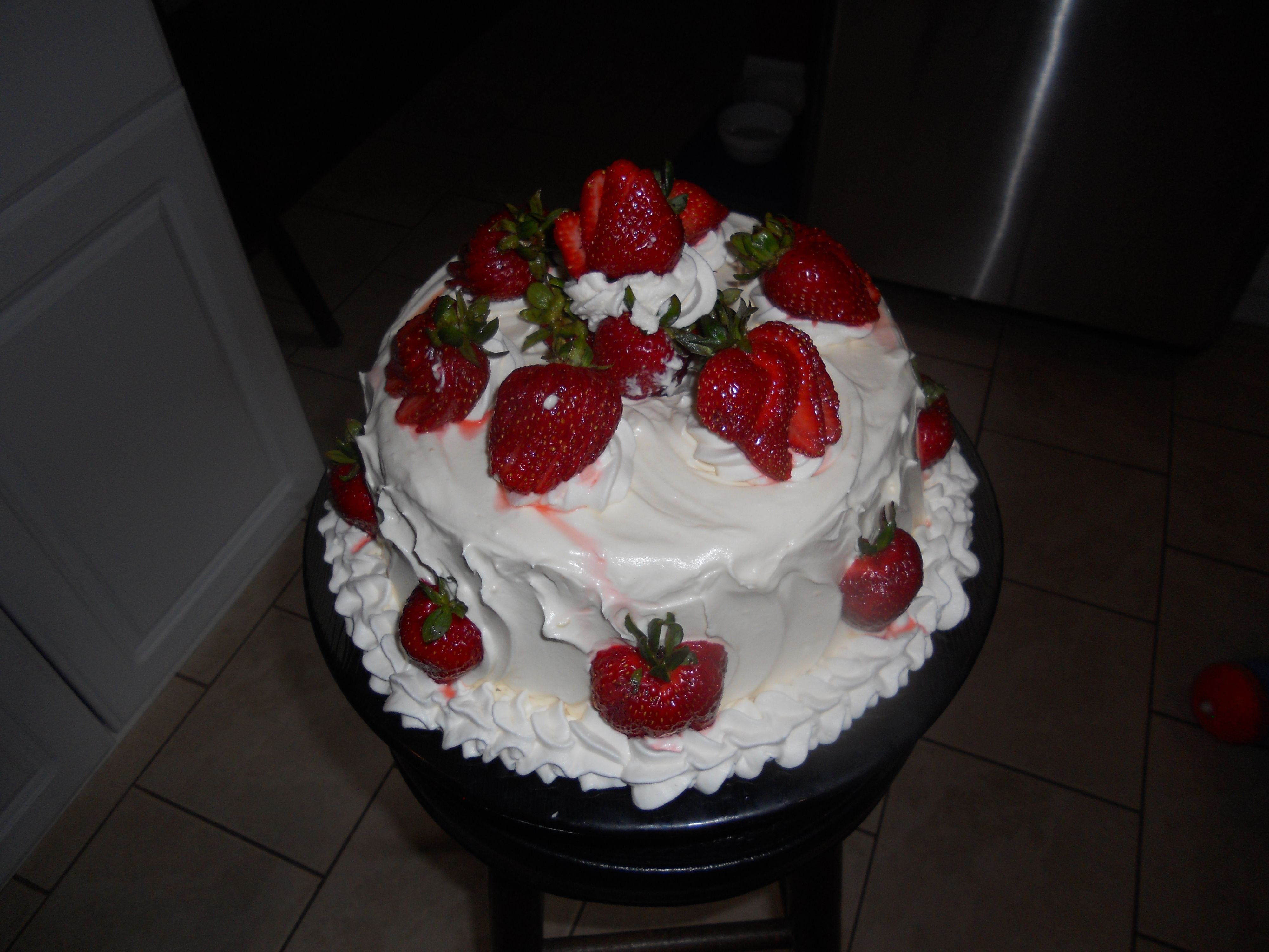 Angel Food Cake With Cream Cheese Frosting And Strawberries Cake