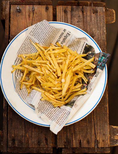 French fries. http://www.jotainmaukasta.fi/2013/10/01/pihvi-perunat-ja-punaviini/