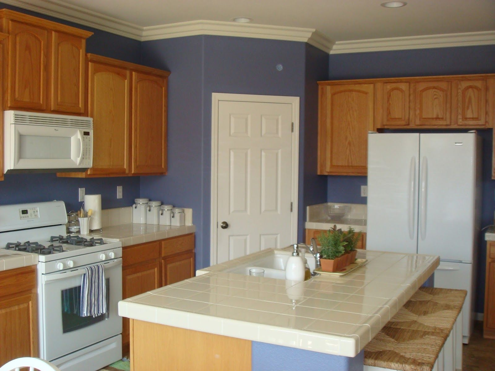 Pleasurable Blue Colors For Kitchen Walls With Wooden