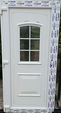 Tisza plastic front door