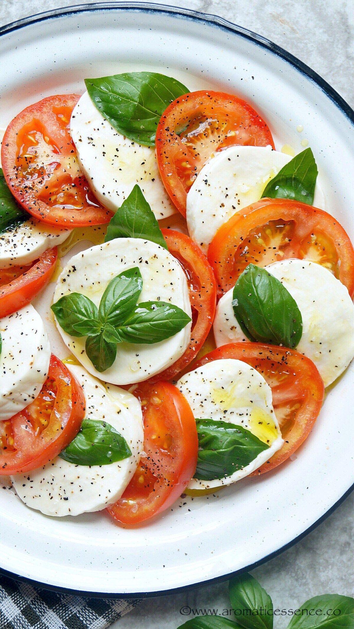 Photo of Caprese Salad | Italian Salad With Mozzarella, Tomatoes & Basil