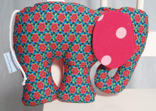 Elefant Kuscheltier / Knistertier | DIY LOVE | Baby | Pinterest ...