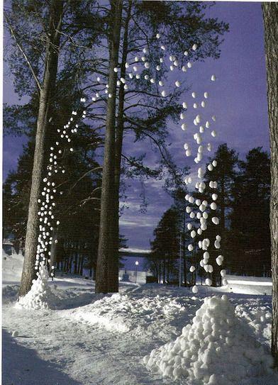 Cornelia Konrads, artist. Suspended snowballs.