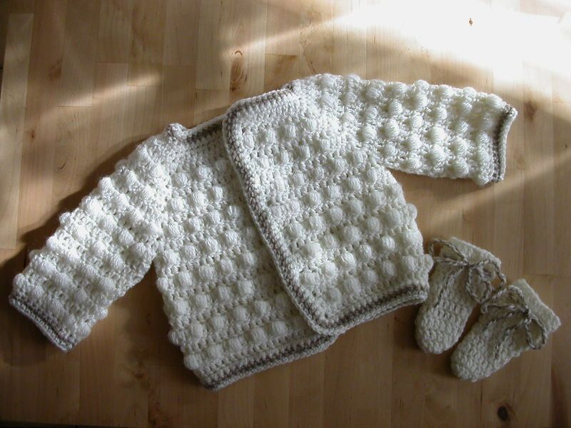 sports shoes new products undefeated x Au crochet: turoriel gilet bébé 1-3 mois top down - Le petit ...